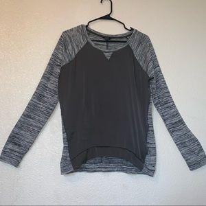 Guess Large Gray and Black Long Sleeve Shirt